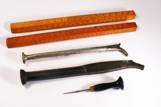 Line gauges, shooting sticks, bodkin