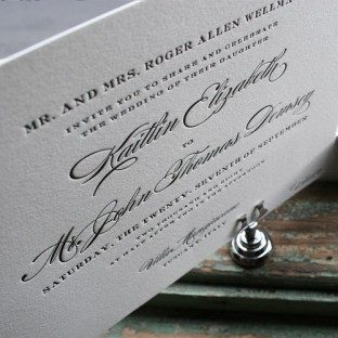 classic-traditional-wedding-invitations