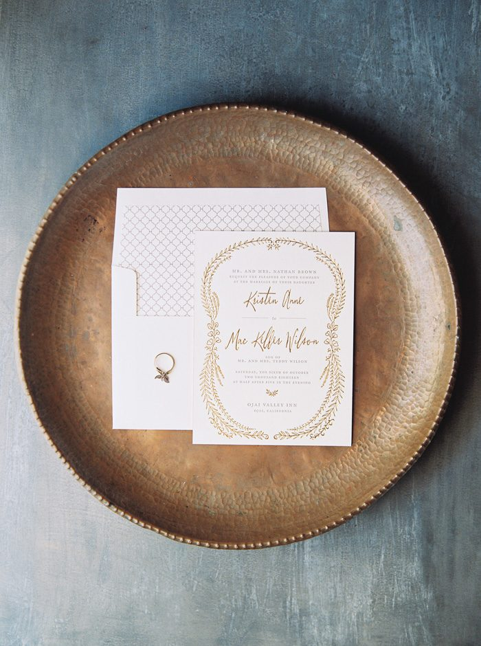 Nightingale wedding invitations from Bella Figura | Photography by Kate Ignatowski