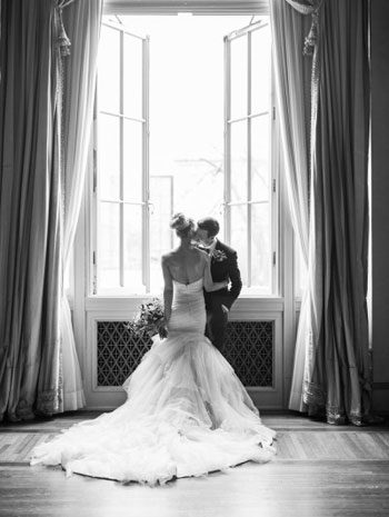 Beautiful inspiration shoot at the Chicago Symphony Orchestra Ballroom