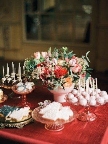 Marsala inspired dessert table