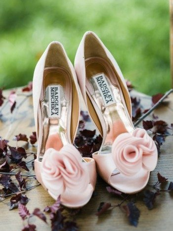 Pale pink Badgley Mischka shoes