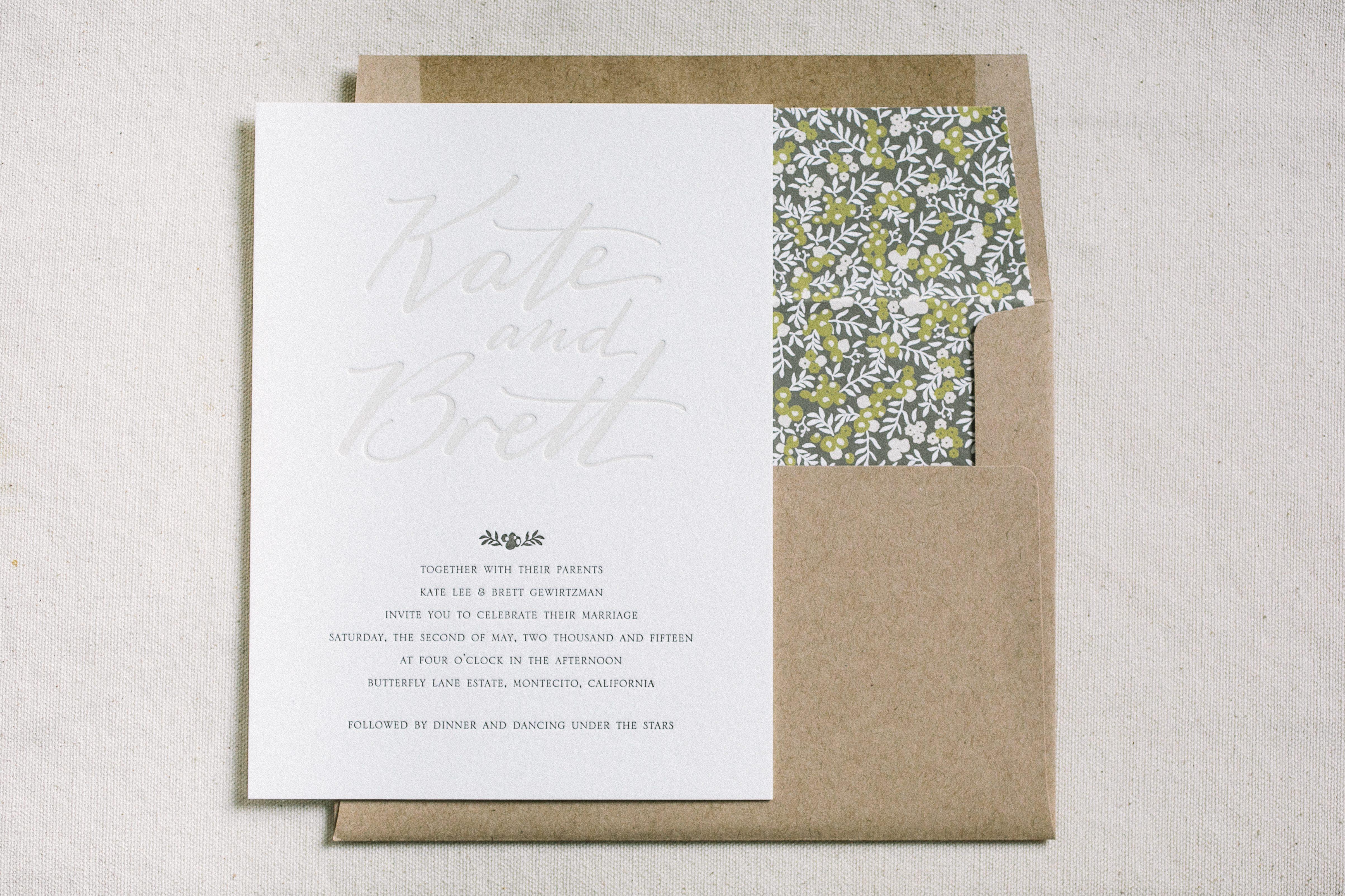 Customized Wedding Invitations: Custom Wedding Invitations Featuring Hand Calligraphy