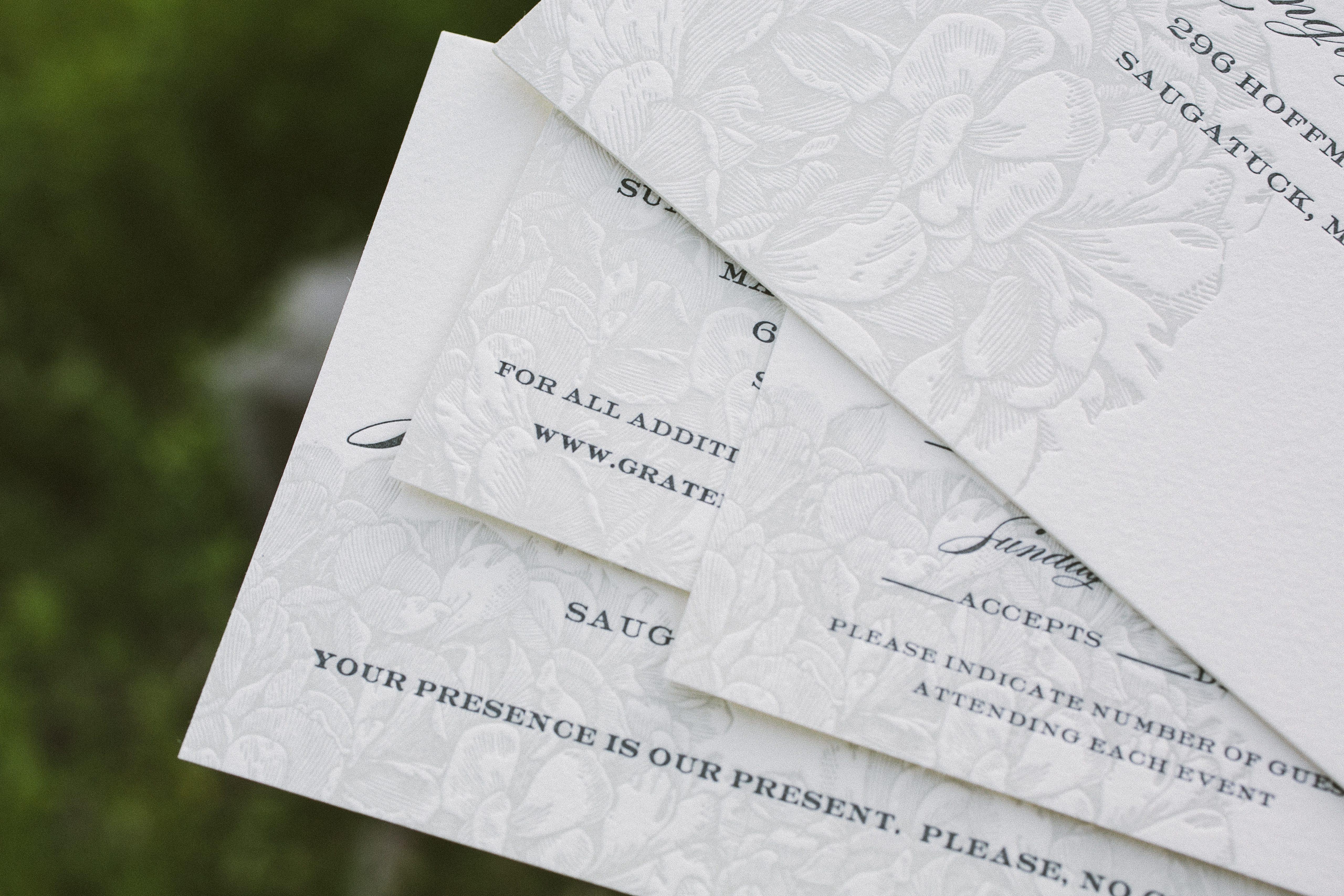 Elegant Wedding Invitations: Monochromatic Elegant Wedding Invitations