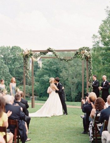 Real Bella Figura wedding ceremony at the Cheekwood Botanical Garden