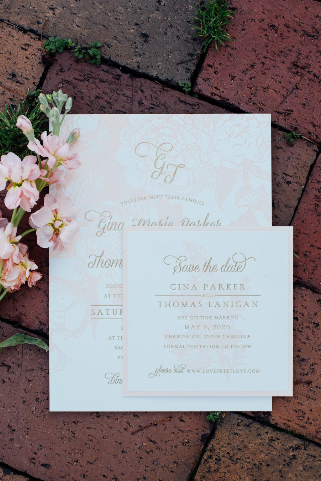 Romantic summer wedding inspiration shoot in downtown Syracuse featuring Bella Figura's Eden letterpress wedding invitations | Photos by Nicole Lagoe Photography