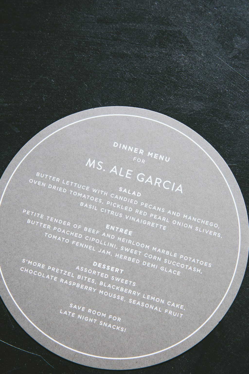 Personalized circular menus