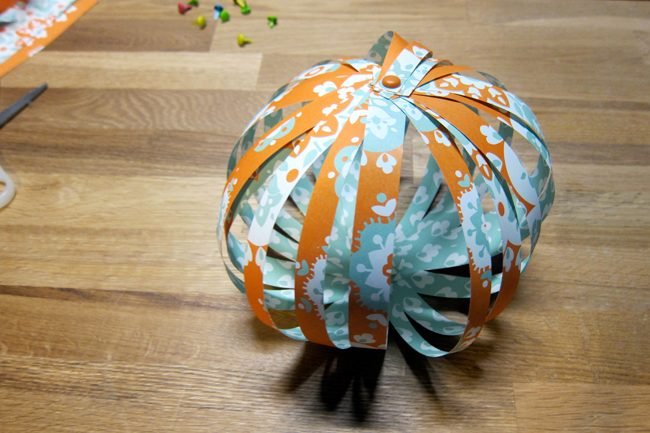 smock eco gift wrap pumpkin