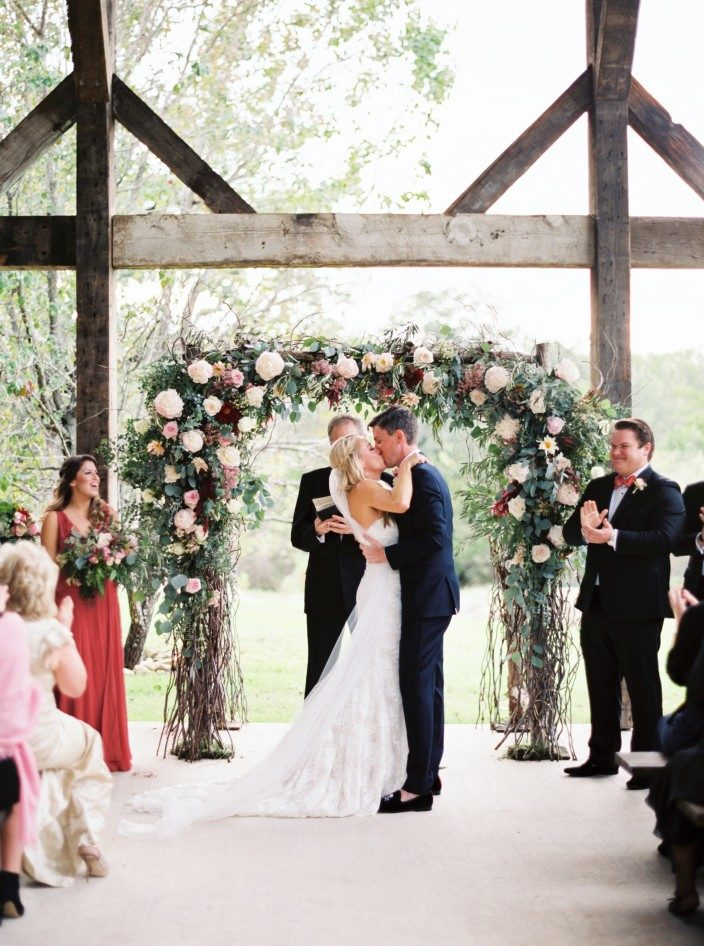 Rustic November wedding at the Creek Haus in Texas