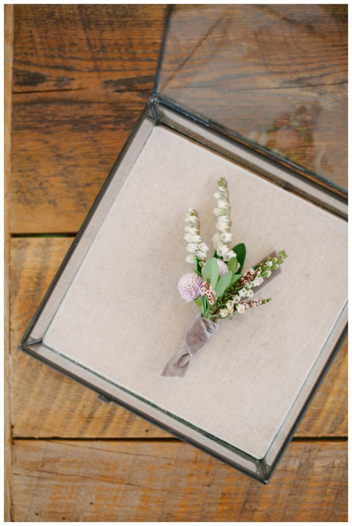 Groom's boutonniere + keepsake box
