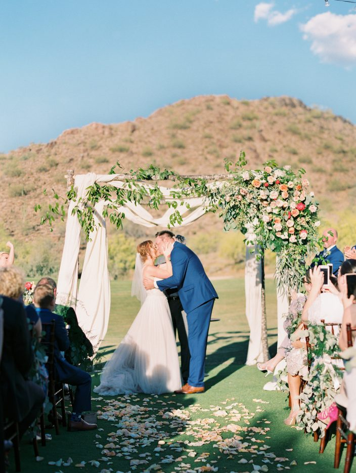 Romantic real wedding ceremony + floral arch at the Silverleaf in Scottsdale, Arizona | Photos by Rachel Solomon Photography