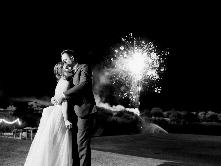 Real wedding + fireworks at the Silverleaf in Scottsdale, Arizona | Photos by Rachel Solomon Photography