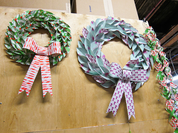 smock everyday gift wrap wreaths