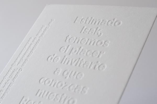 Blind deboss letterpress printing is eye-catching when printed at Granja Grafica.